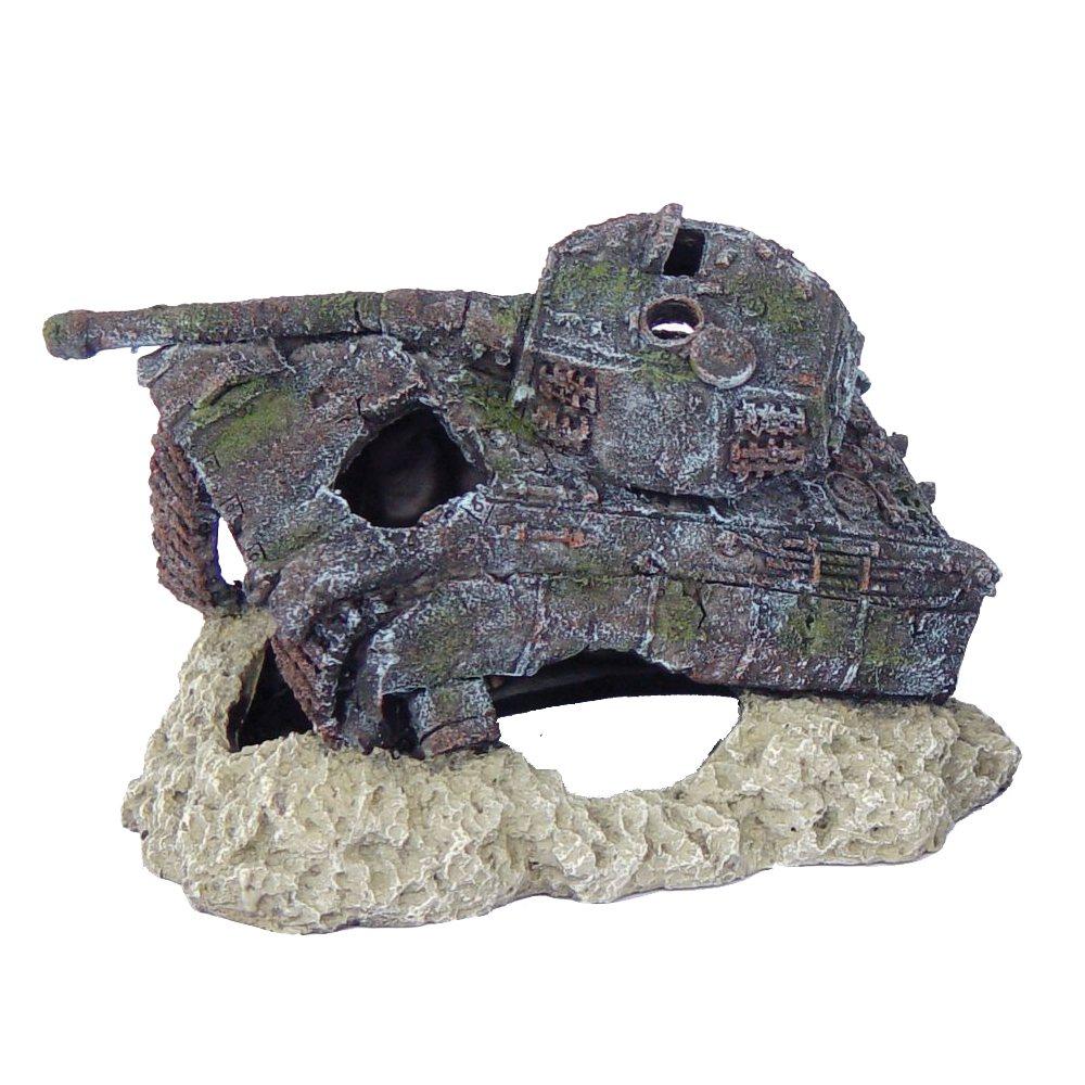 Tank Wreck 19x12x12cm